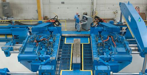 Transverse/ Longitudinal sheet stretch forming Press (VTL)